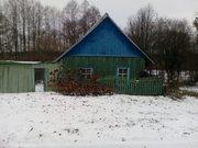 Дачный участок с деревянным домом на берегу р. Днепр.